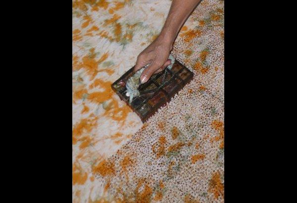 batik-by-mirah-stamping-and-drying-0