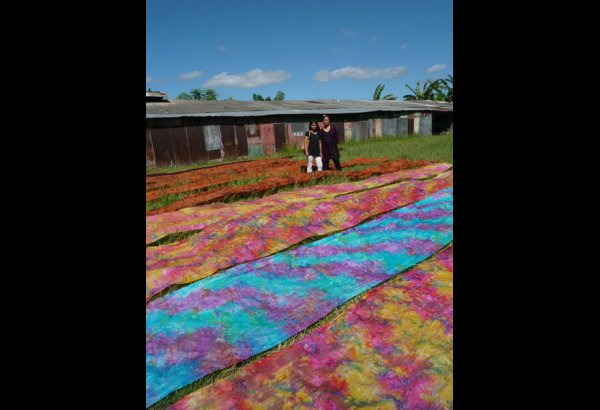 batik-by-mirah-stamping-and-drying-15