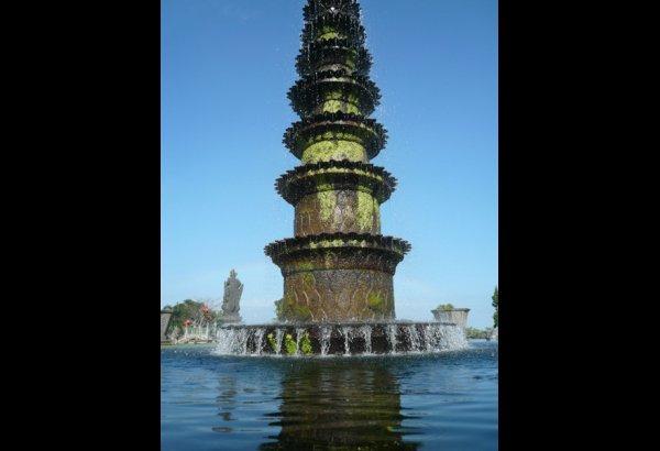 tirta-gangga-water-palace-bali-2